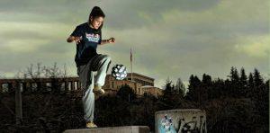 Ballkünstlerin Aylin Yaren aus Berlin_Red Bull Streestyle