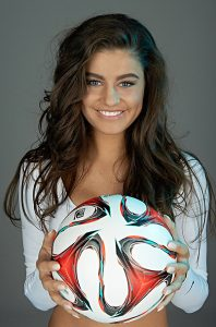 Adriana Orlovic Sportmodel_Fußball-Freestylerin